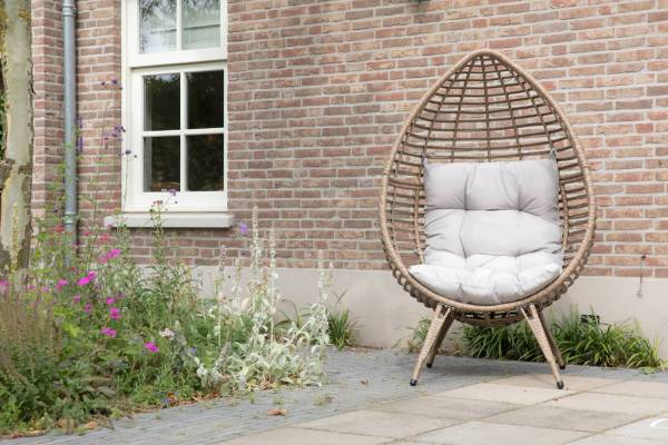 Lesli Living Relaxing-Stuhl Chill Straw braun