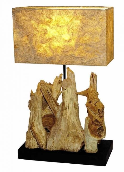Lampe aus Teakholz auf standfesten Fuß